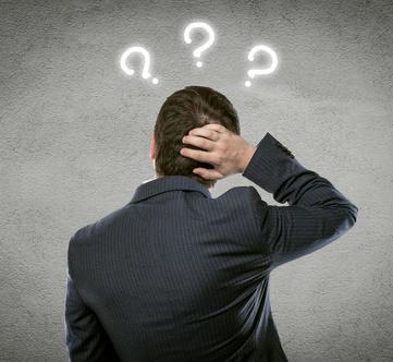 businessman thinking of problem stasique fotolia.com